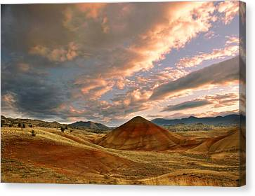 Canvas Print featuring the photograph Sunset Hill by Sonya Lang