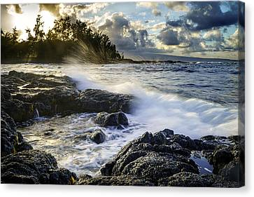 Big Island - Sunset In Hilo Canvas Print by Francesco Emanuele Carucci