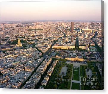 Canvas Print featuring the photograph Sunset In Paris by Deborah Smolinske