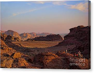 Sunset In The Wadi Rum Desert Jordan Canvas Print by David Smith
