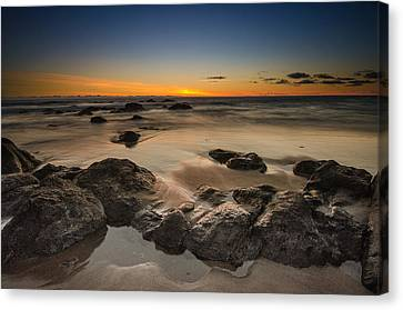 Sunset - Lincoln Beach Canvas Print by Tin Lung Chao