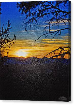 Sunset Mountain To Mountain Canvas Print by Janie Johnson