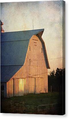 Sunset On A Barn Canvas Print by Cassie Peters
