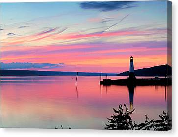 Sunset On Cayuga Lake Ithaca New York Canvas Print by Paul Ge