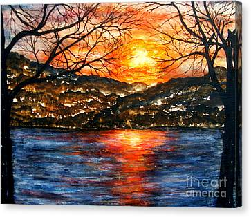 Sunset On Greers Ferry Lake Arkansas Canvas Print by Vivian Cook