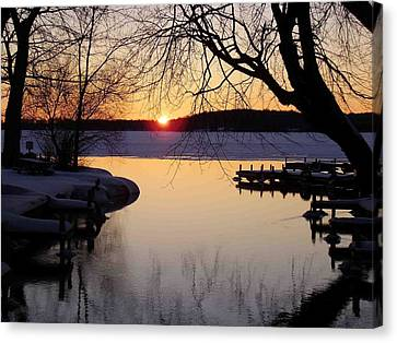 Sunset On Manistique Canvas Print by Feva  Fotos