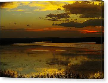 Sunset On Medicine Lake Canvas Print