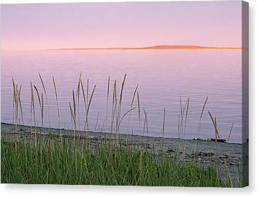 Canvas Print featuring the photograph Sunset On Mingan Islands by Arkady Kunysz