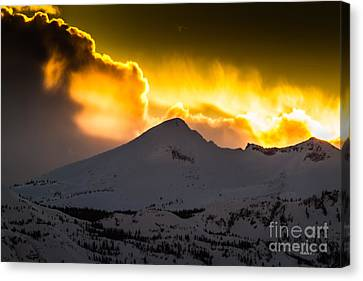 Sunset On Pyramid Canvas Print by Mitch Shindelbower