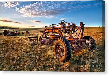 Sunset On The Farm In North Carolina I Canvas Print by Dan Carmichael