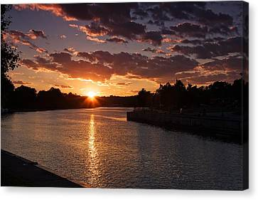 Canvas Print featuring the photograph Sunset On The River by Dave Files