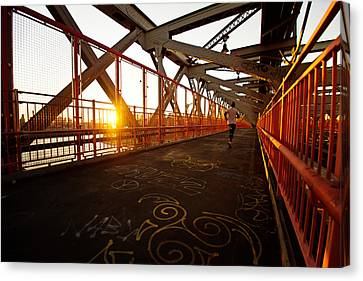 Sunset On The Williamsburg Bridge - New York City Canvas Print by Vivienne Gucwa