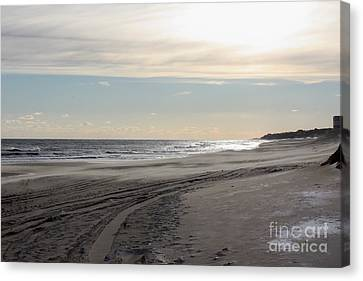 Sunset Over Atlantic Ocean In Montauk Canvas Print by John Telfer