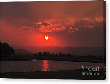Sunset Over Hope Island Canvas Print