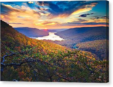 Sunset Over Mullins Cove Canvas Print by Steven Llorca