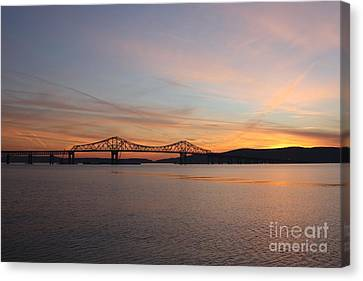 Sunset Over The Tappan Zee Bridge Canvas Print
