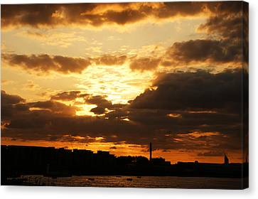 Sunset Over The Thames From Greenwich Canvas Print