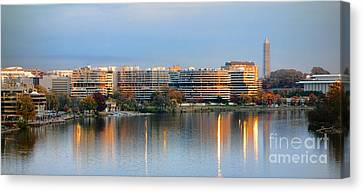 Sunset Over Watergate Canvas Print by Olivier Le Queinec