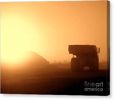 Sunset Truck Canvas Print by Olivier Le Queinec