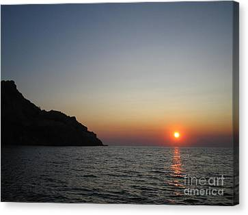 Canvas Print featuring the photograph Sunset by Vicki Spindler