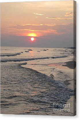 Sunset Waves Canvas Print by Michelle Powell
