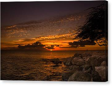 Sunset With The Fisherman Canvas Print by Tin Lung Chao