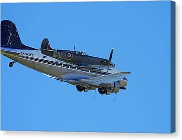 Supermarine Spitfire  -  British Canvas Print by David Wall