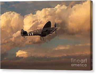 Supermarine Spitfire Mk Lfix  Canvas Print by J Biggadike