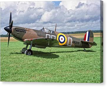 Canvas Print featuring the photograph Supermarine Spitifire 1a by Paul Gulliver