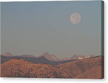 Supermoon Over Colorado Rocky Mountains Indian Peaks Canvas Print