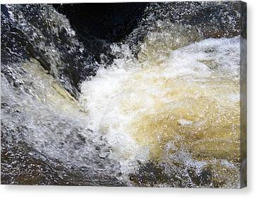 Canvas Print featuring the photograph Surging Waters by Tara Potts