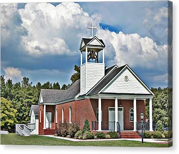 Suttons United Methodist Canvas Print by Linda Brown