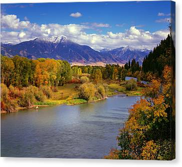 Swan Valley Autumn Canvas Print by Leland D Howard