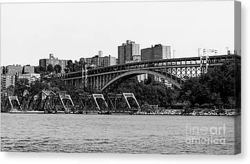 Swing Bridge In New York City Canvas Print by Robert Yaeger