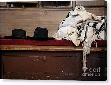 Synagogue 5 Canvas Print by Bob Stone