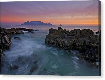 Table Mountain Sunset Canvas Print by Aaron Bedell