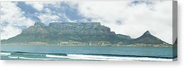 Table Mountain Canvas Print by Tom Hudson