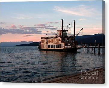 Canvas Print featuring the photograph Tahoe Queen Riverboat On Lake Tahoe California by Paul Topp