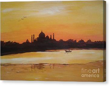 taj Mahal in the morning Canvas Print by Sanjay Punekar