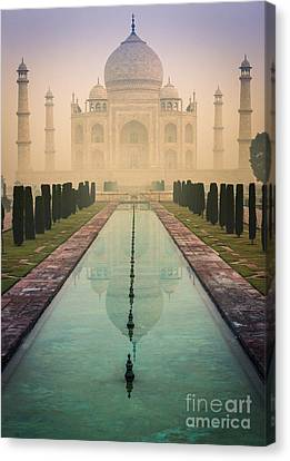 Taj Mahal Predawn Canvas Print by Inge Johnsson