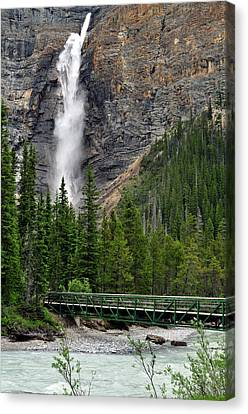Takakkaw Falls Canvas Print by Lisa Phillips