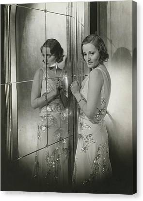 Tallulah Bankhead In A Chiffon Dress Canvas Print