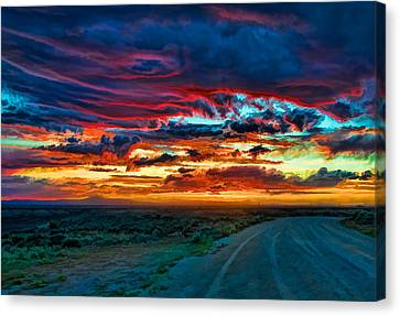 Taos Sunset Iv Canvas Print by Charles Muhle