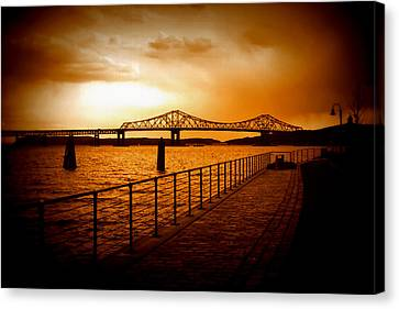 Tappan Zee Bridge Canvas Print by Aurelio Zucco