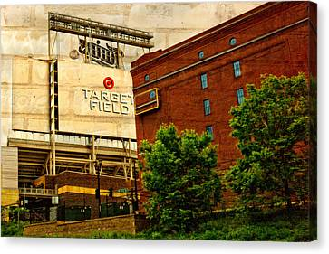 Target Field Home Of The Minnesota Twins Canvas Print by Susan Stone