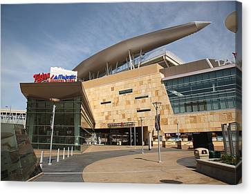 Target Field - Minnesota Twins Canvas Print by Frank Romeo