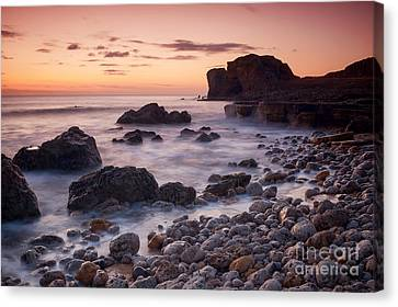Target Rock Sunrise Canvas Print by Ray Pritchard