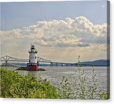 Tarrytown Lighthouse And Tappan Zee Bridge Sleepy Hollow Ny Canvas Print