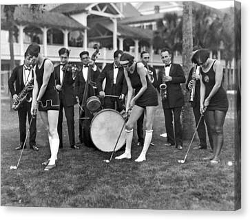 Teaching Golf With Jazz Canvas Print by Underwood Archives