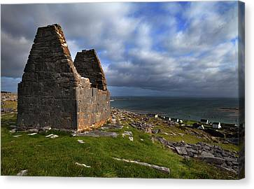 Teampall Bheanain Dates From The 11th Canvas Print